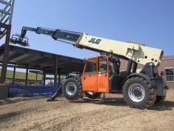 JLG G12-55A lift up