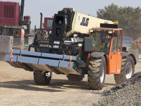 JLG G12-55A moving materials